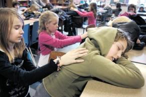5 redenen waarom kindermassage zelfvertrouwen geeft - LOTUS Massageschool